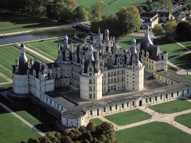 фото замков мира крупный план